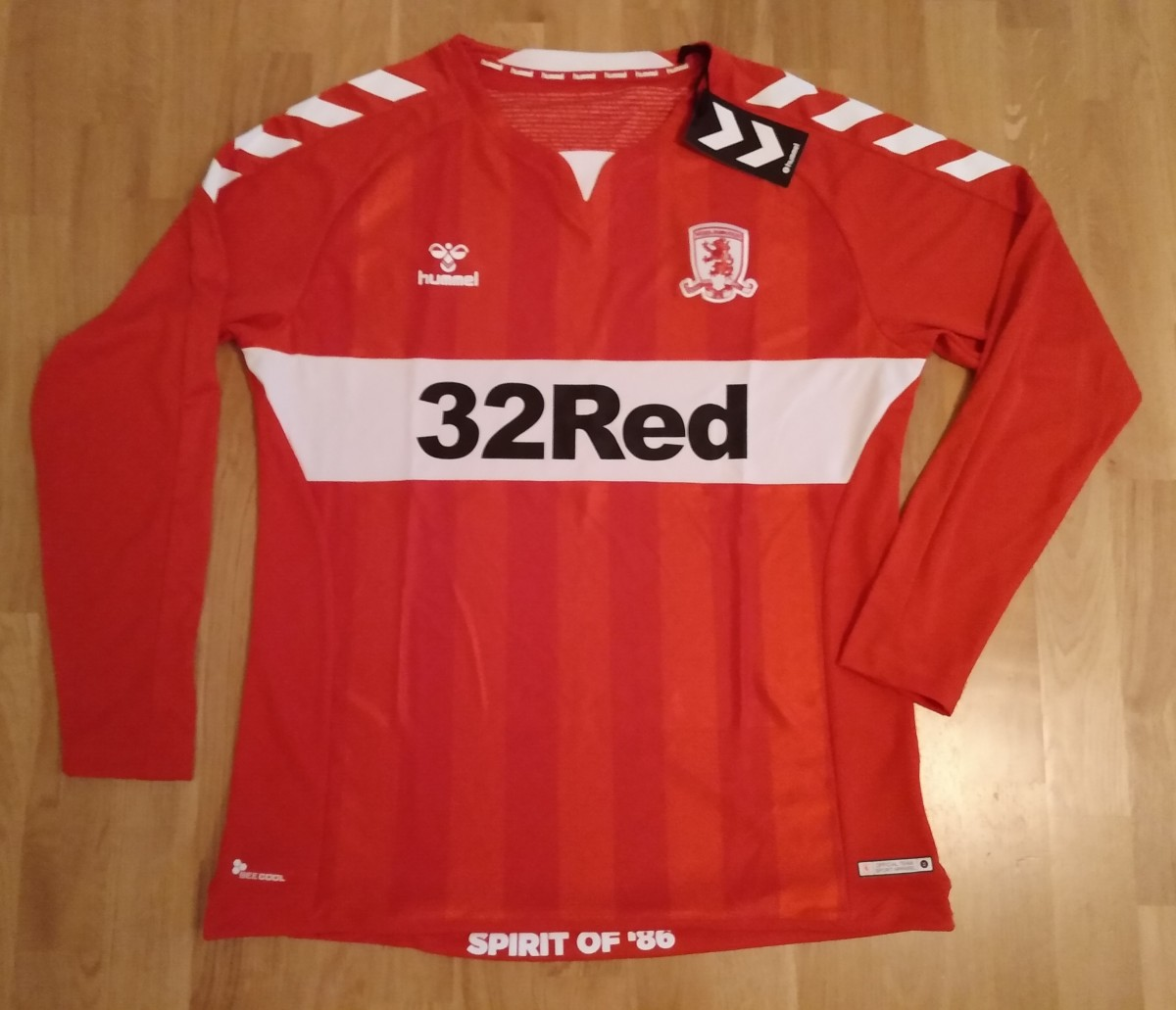 Lupus-shoppen, Middlesbrough, 2018-19, Hummel, XL, L/Æ.